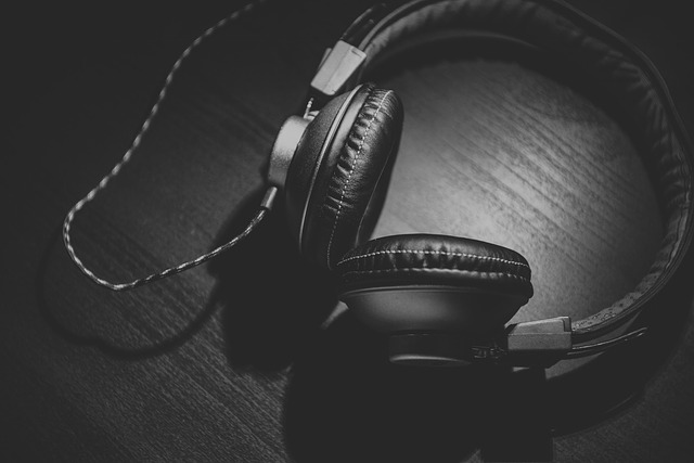 Mutual Exchange Radio: Akiva Malamet on Nationalism and Identity Formation